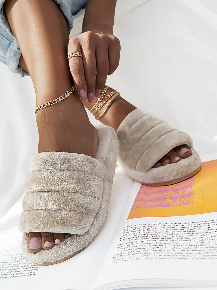 MELODY TEDDY NUDE SLIPPERS
