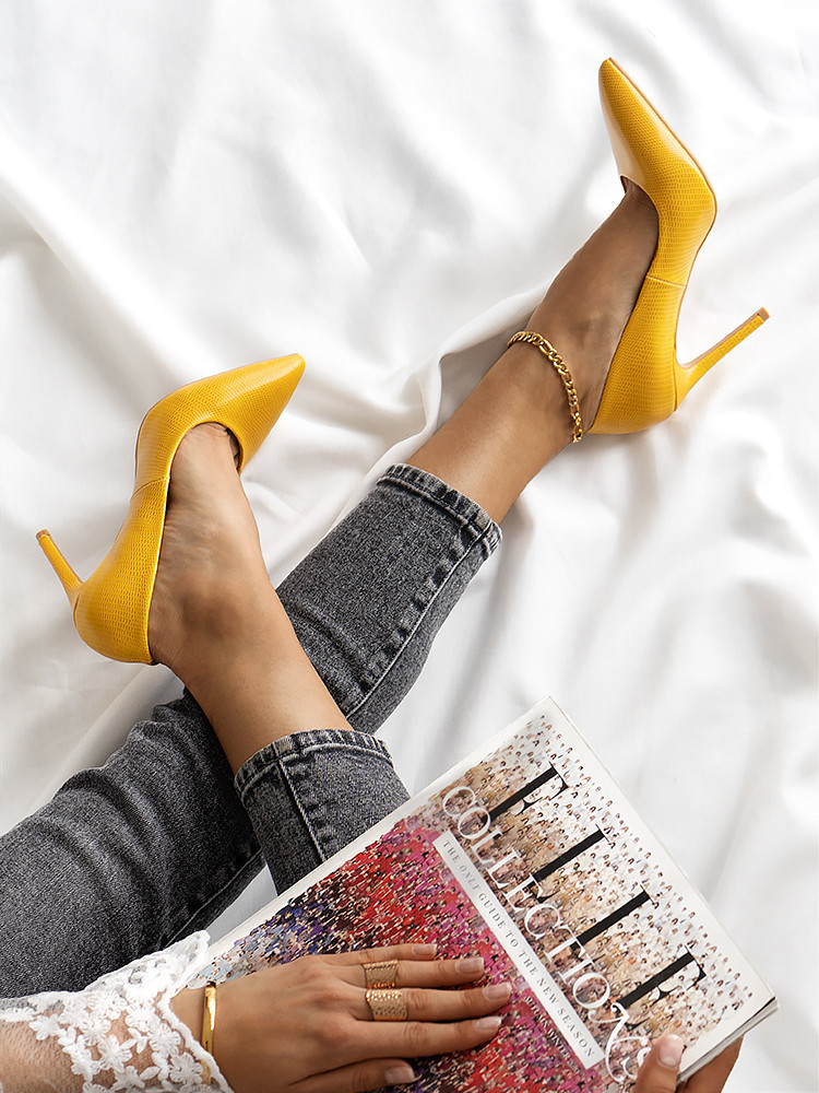 LIN YELLOW PUMPS