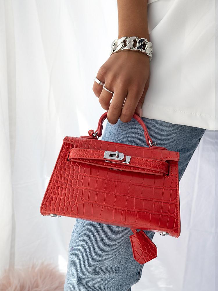 MORALES MINI RED BAG