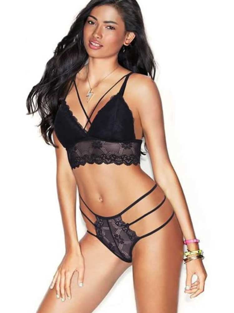 GUILTY PLEASURE BLACK LACE SET