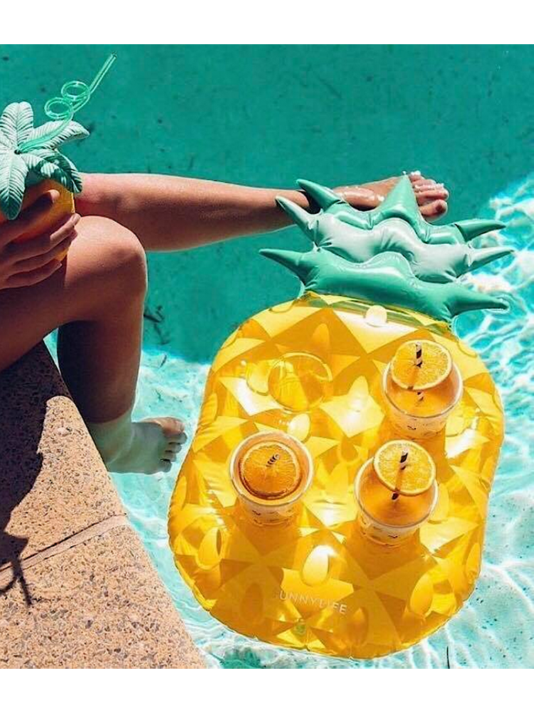 PINEAPPLE INFLATABLE DRINK...