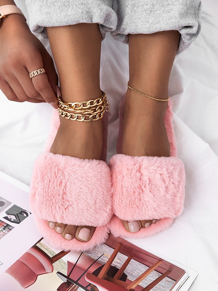 SOFTY PINK FUR SLIPPERS