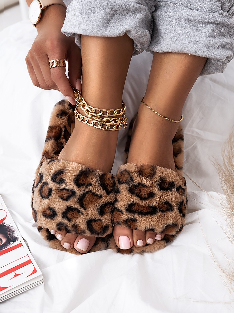 SOFTY LEOPARD FUR SLIPPERS