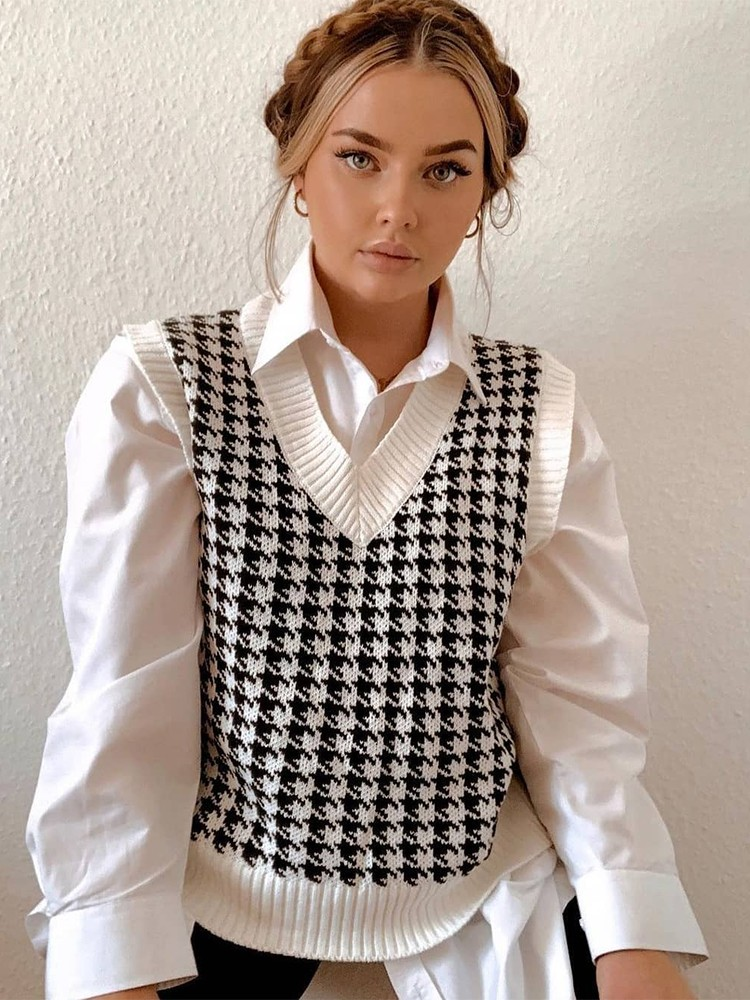 VICTORIA KNITTED VEST