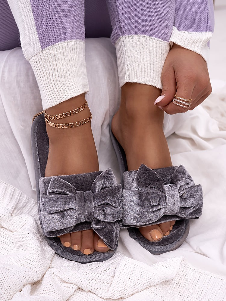 GREY VELOUR BOW SLIPPERS