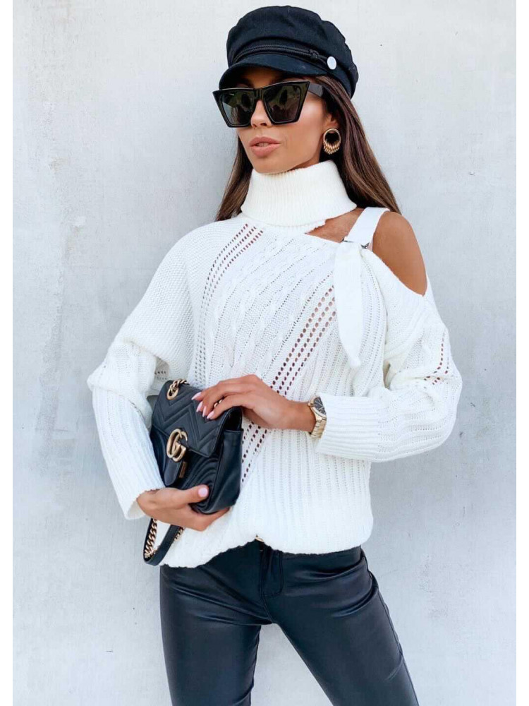 ISABEL WHITE KNITTED BLOUSE