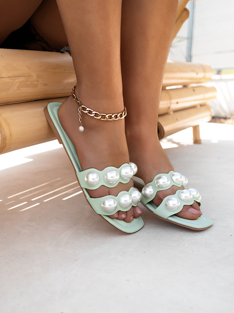 DOUBLE PEARL MINT SLIPPERS