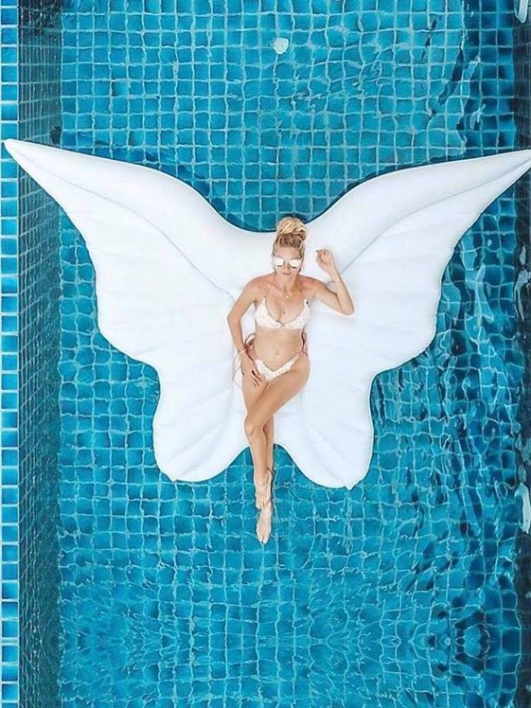 WHITE INFLATABLE WINGS