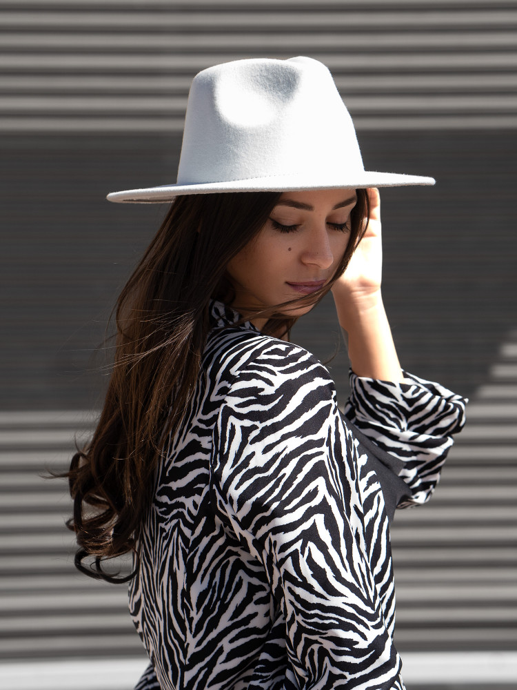 MUKA WHITE HAT