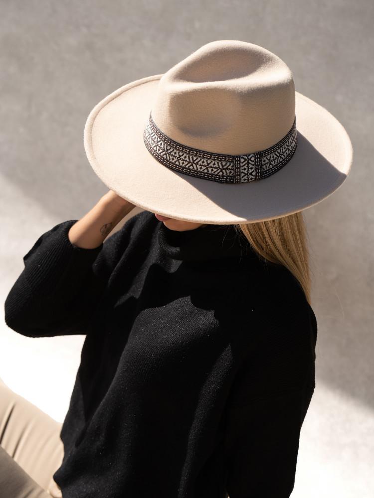 DANA BEIGE HAT