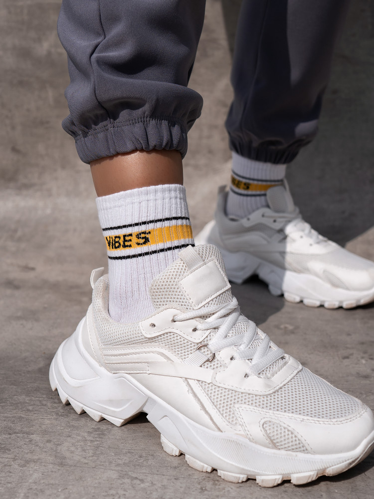 VIBES BASKET SOCKS